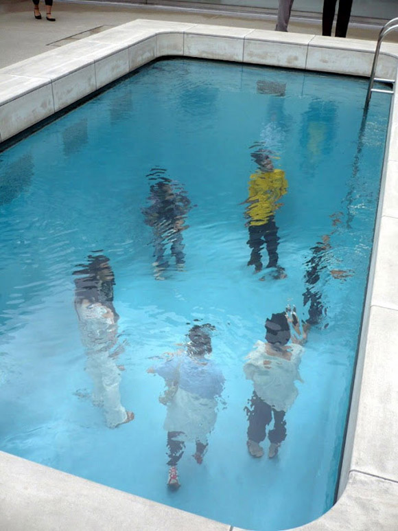 Swimming-Pool-Illusion-by-Leandro-Erlich-2
